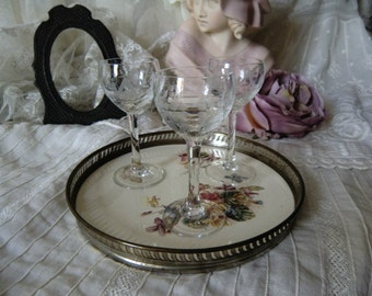Vintage of small ceramic tray serving tray with 3 Likörgläschen nostalgia shabby
