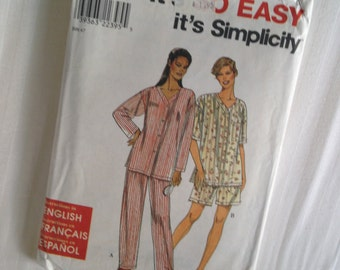 Miss Sleepwear XS, S, M, L, XL Simplicity 'It's So Easy' Sew Pattern #8487