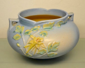 "Roseville Vase Columbine 655-5"" ~ 1941 Vintage Pottery"