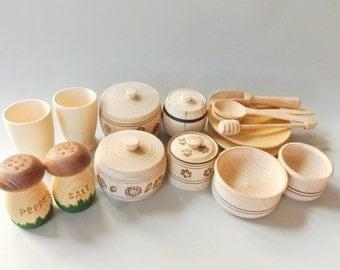 Play kitchen wood set (16pcs). Wooden toys. Wooden food play set. Wood dishes set
