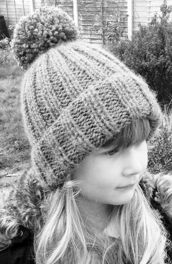 Knitting Pattern Ribbed Bobble Hat : Knitted Ribbed Bobble Hat Pattern, pom pom hat knitting ...