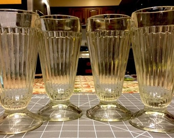 Set of 4, Vintage Jeanette Glass Ribbed Soda Fountain Sundae Glasses w/ 1 Spoon