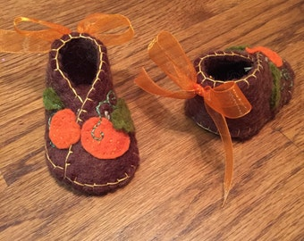 Lil Pumpkin Booties