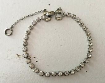 Vintage Clear Rhinestone Chain Bracelet 0633