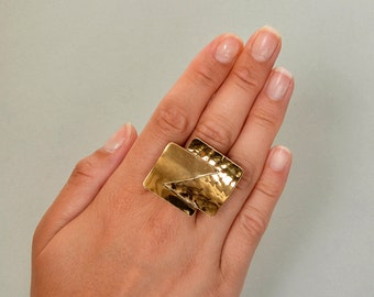 Gold tone square ring, chunky ring, middle finger ring, tumbaga jewelry, hammered jewelry, adjustable ring, large band, statement ring.