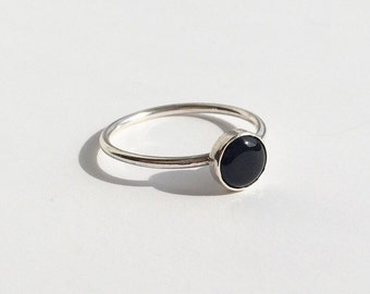 ONYX RING - Sterling Silver Black Onyx Ring - Silver Black Ring - Solitaire Bezel Cabochon Delicate Ring