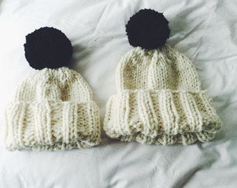 Chunky cream hat with black pompom!