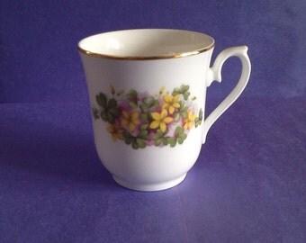 Queen Anne Bone China Made in England Coffee Tea Mug