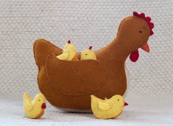 Waldorf toy - felt chicken -  stuffed chicken with chicks
