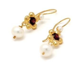 Gold Pearl earrings - Pearl and Gold earrings - Garnet and Pearl earrings - gold plated earrings - bridesmaid earrings