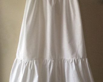 Curvy ladies petticoat, lace edged petticoat for curvy sizes, white petticoat for curvy sizes