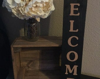 "Rustic Pallet Wood Vertical Welcome Sign - 3.5""x20"" - Entryway Family Love Rustic Decor Farmhouse Style Fixer Upper Wooden (Item - HMS100)"