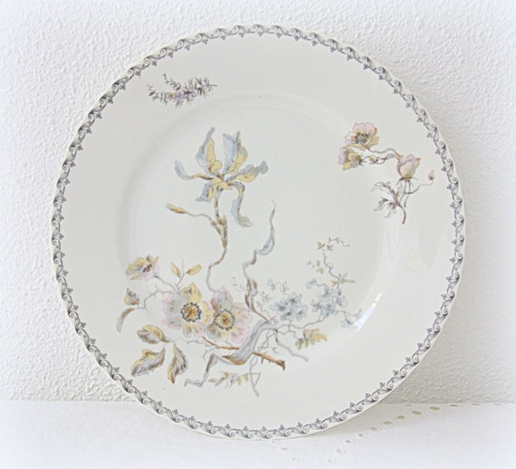 Set of Eight Rare Antique French Hache & Pepin LeHalleur Breakfast Plates, Delicate Flower Decor
