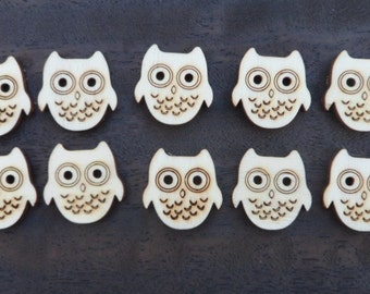 Wooden Owl Buttons (pack of 5 or 10)