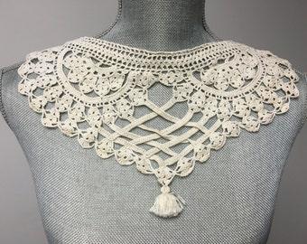 Vintage Crocheted Collar, Vintage Ivory Collar, Handmade Crochet Collar