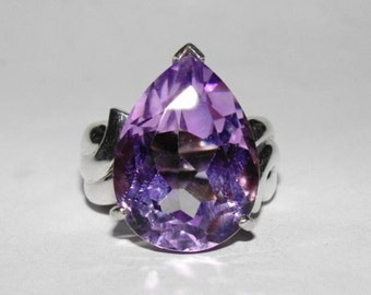 Retro Purple Amethyst Pear Cocktail Ring