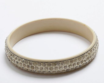 Beige Bakelite Rhinestone Bangle