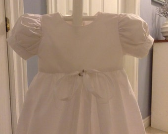 Beautiful long christening gown, size 0-4 months