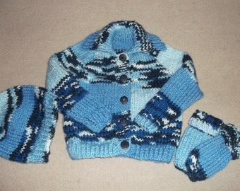 multi blue chunky cardigan with matching hat and mittens