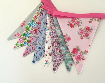 Floral Fabric Bunting Shabby Chic Style/ Photo Prop/ Garden Banner/ Party Decoration/ Bridal Shower Decor / Vintage Style