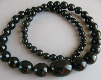 Black Amber Bakelite necklace, Art Deco 1930s