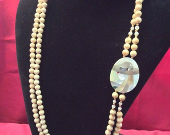 Mother of Pearl Beaded Necklace with Cameo