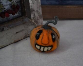 Needle felted - Pumpkin Halloween  :o)