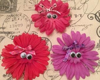 Googly eye hair clip/ eye hair clip/ silly hair clip/ girls hair clip/ girls flower clip/ girls flower bow/ girls flower barrette