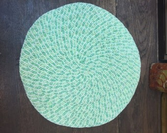 Vintage Placemats Green Woven Round