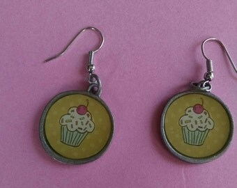 Cupcake Earrings