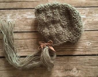 CodB2 Newborn bonnet, Vintage bonnet, New born , sitter bonnet,newborn photo props,green