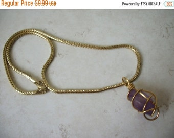 ON SALE Vintage Gold Tone Lilac Pendant Necklace 1473