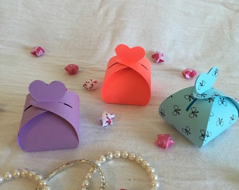 Wedding favor boxes with a heart (10 counts)