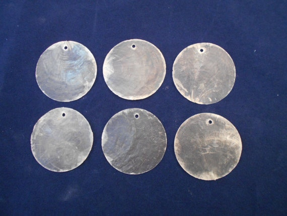 Drilled Capiz Shells Round Cut 2 One Hole Set Of 25