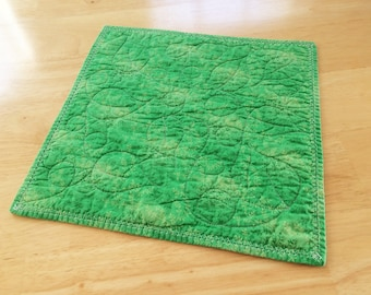 Quilted Table Topper, Quilted Candle Mat, Green Table Topper, Saint Patricks Day,  Holiday, Spring Green Decor, Green Table Decor