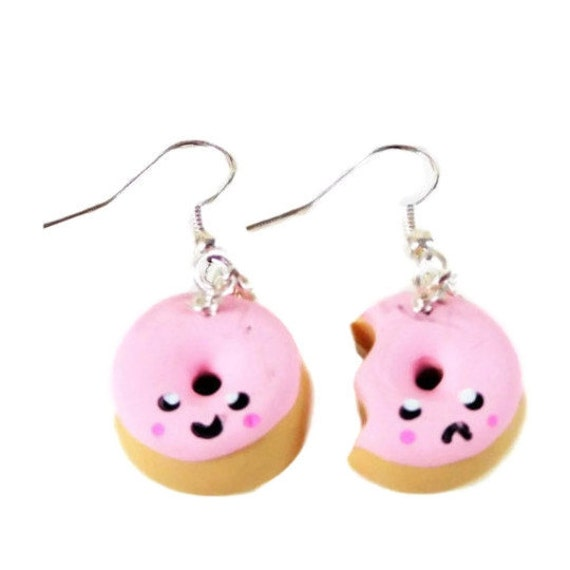 Kawaii donut earrings,  polymer clay earrings, polymer clay, fishook earrings, Donut earrings, happy earrings, gifts for her, mothers day