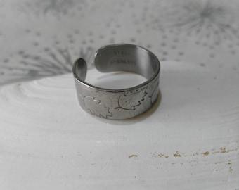 Vintage Leaf Pattern Ring- Stainless Steel Ring - Paleo Ring -Unisex Ring - Vintage Metal Ring - Gift Her - Adjustable Ring - UK Size O