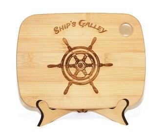 Ships Wheel cutting board, sailing decor, Yacht club, beach decor coastal, Nautical kitchen decor, boat galley board, Personalized bamboo