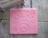 Gear Silicone Mold - Mold of Gears - Food Safe Molds - Silicone Molds - Flexible Molds - Molds For Fondant - Cake Decorating Molds - Molds