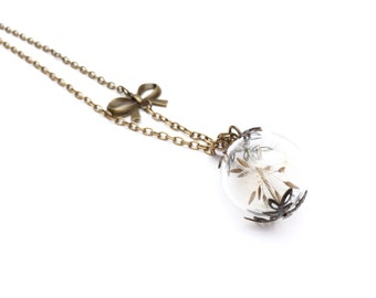Necklace with real dandelion seeds