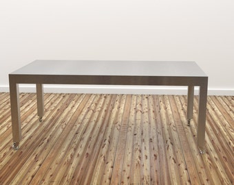 Jimmy: Kitchen table - Stainless steel