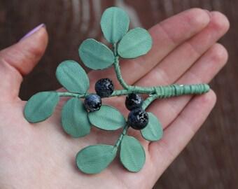 blueberry brooch big
