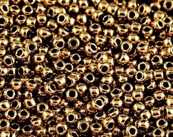 TOHO 11/0 Round Seed Beads - Bronze [TR-11-221]