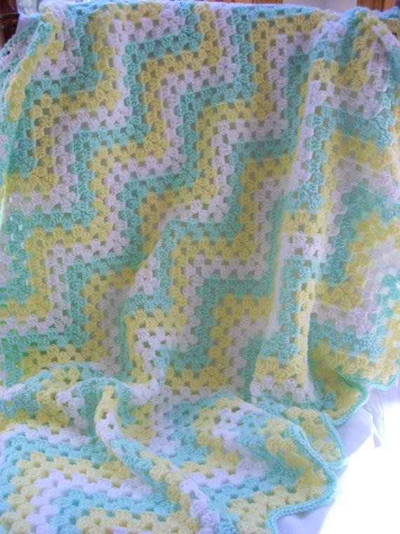 Zigzag Crochet Baby Blanket Patterns : Baby Blanket / Zigzag Crochet Blanket / Pastel Striped Lap Blanket ...