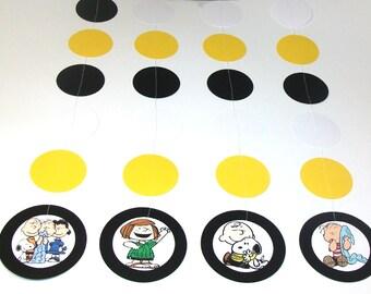 Charlie Brown Hanging Garland - 1 set