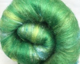 hand carded batt, spinning fibre, felting fiber - Envy - 106g, merino, corriedale, silk