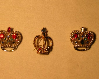 Vintage Royal Crown Broochs'