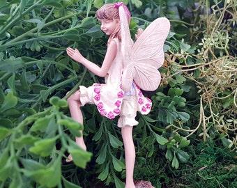 Miniature Fairy Izzie - Tree Hugger
