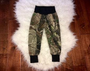 CAMO LEGGINGS; camo baby pants, camouflage leggings; loose fit