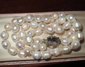 Lovely new handmade genuine cultured freshwater white baroque pearl 2 strand necklace